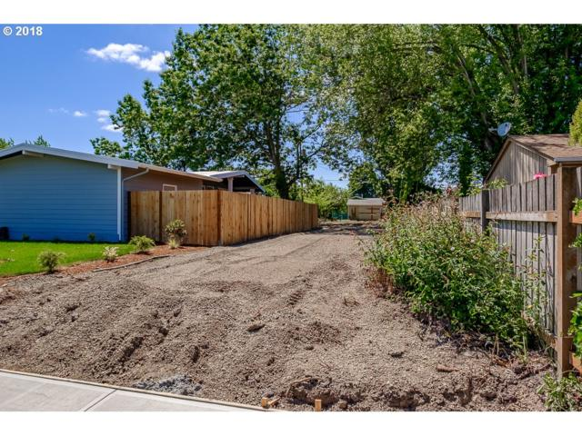 2618 SE Geary St, Albany, OR 97322 (MLS #18574261) :: Portland Lifestyle Team