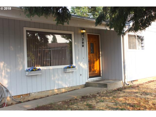 300 S 10TH St, Creswell, OR 97426 (MLS #18574777) :: The Lynne Gately Team