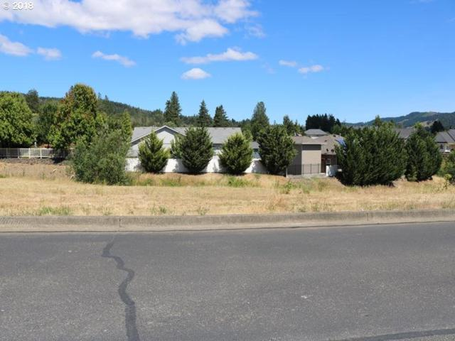 724 Divot Loop #105, Sutherlin, OR 97479 (MLS #18577116) :: Hatch Homes Group