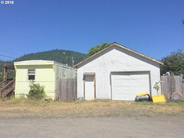 84 W 2ND St, Lowell, OR 97452 (MLS #18577885) :: Song Real Estate