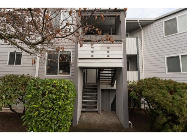 47 Eagle Crest Dr #31, Lake Oswego, OR 97035 (MLS #18578181) :: Hatch Homes Group