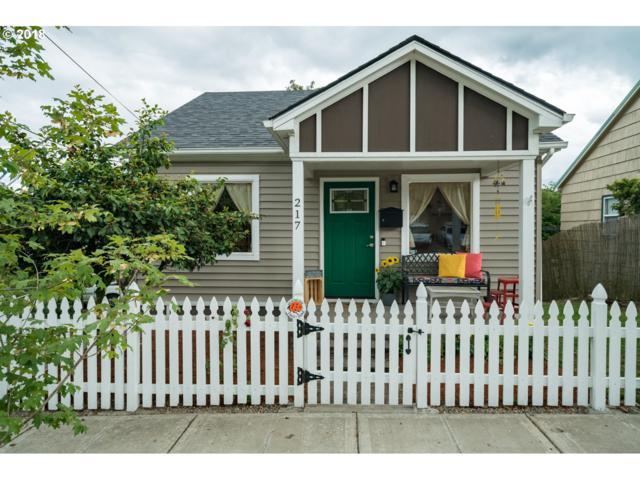 217 S High St, Oregon City, OR 97045 (MLS #18582495) :: McKillion Real Estate Group