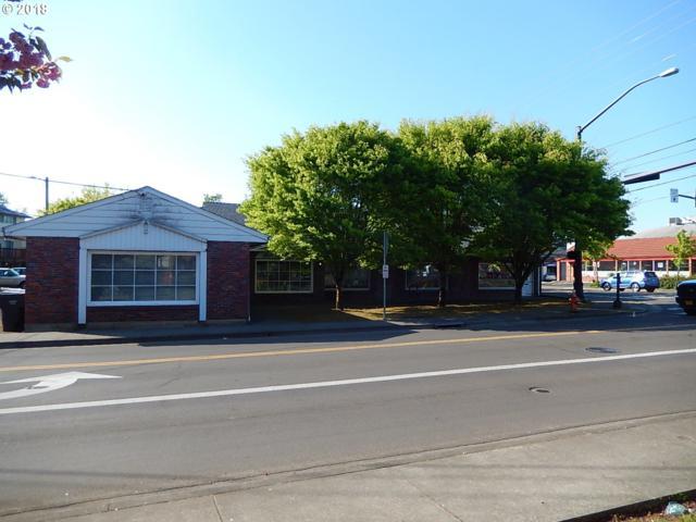 901 Molalla Ave, Oregon City, OR 97045 (MLS #18588263) :: McKillion Real Estate Group