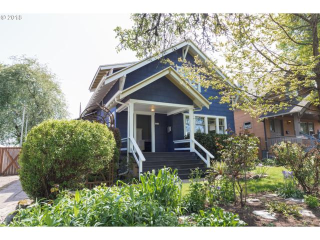 5216 SE 17TH Ave, Portland, OR 97202 (MLS #18593568) :: The Sadle Home Selling Team