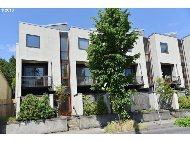 5954 NE Hoyt St, Portland, OR 97213 (MLS #18598291) :: R&R Properties of Eugene LLC