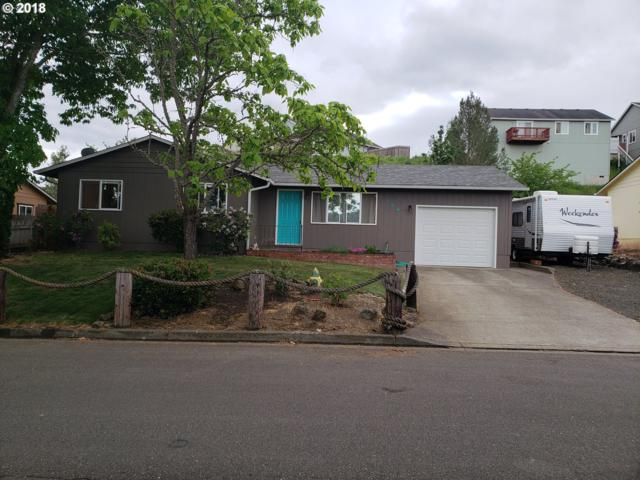 166 Lancaster Ave, Roseburg, OR 97471 (MLS #18599357) :: Keller Williams Realty Umpqua Valley
