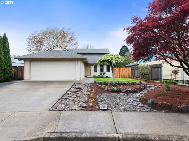 2208 Oak Dr, Newberg, OR 97132 (MLS #18599585) :: McKillion Real Estate Group