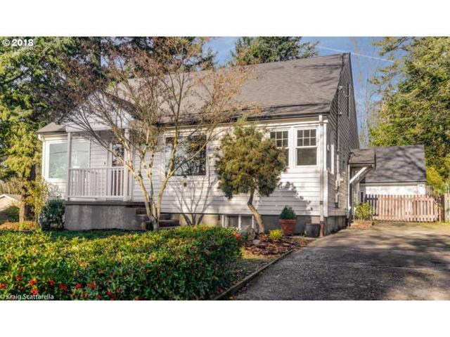 2007 SW Dewitt St, Portland, OR 97239 (MLS #18600162) :: Townsend Jarvis Group Real Estate