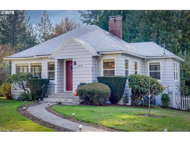 2212 SW Taylors Ferry Rd, Portland, OR 97219 (MLS #18602847) :: Realty Edge