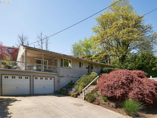 7832 SW Ruby Ter, Portland, OR 97219 (MLS #18605635) :: Team Zebrowski