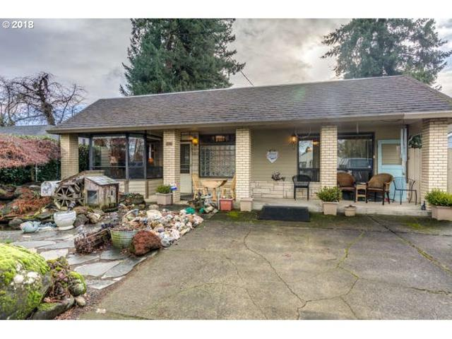 229 SW 6TH Ave, Canby, OR 97013 (MLS #18605773) :: Fox Real Estate Group