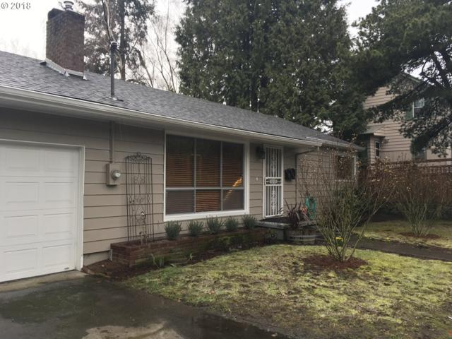 5325 SE Cesar E Chavez Blvd, Portland, OR 97202 (MLS #18605863) :: Hatch Homes Group