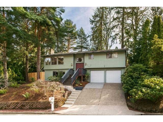 2944 SW Stanley Ct, Portland, OR 97219 (MLS #18607899) :: Hatch Homes Group