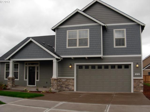 1825 SE 10TH Pl, Canby, OR 97013 (MLS #18615489) :: Fox Real Estate Group