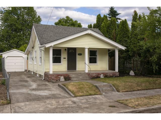 6024 SE 88TH Ave, Portland, OR 97266 (MLS #18617425) :: Fox Real Estate Group