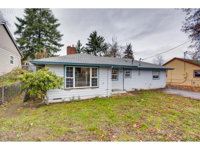 11737 SE Pine St, Portland, OR 97216 (MLS #18618278) :: Homehelper Consultants