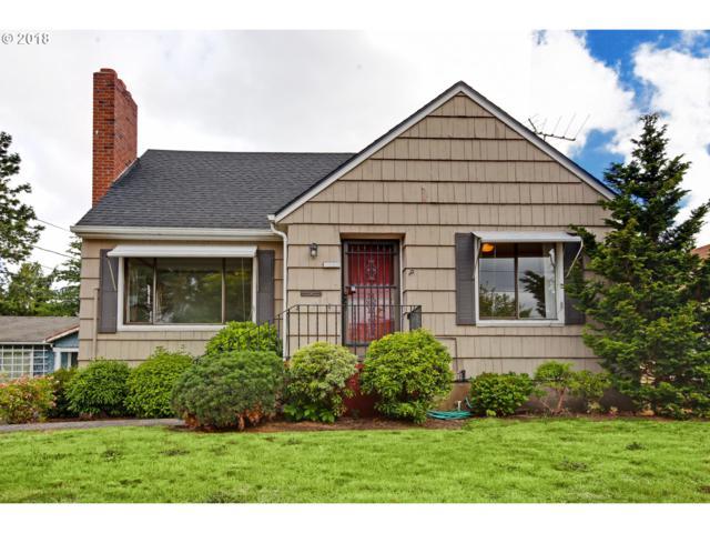 4625 NE Beech St, Portland, OR 97213 (MLS #18620246) :: The Sadle Home Selling Team