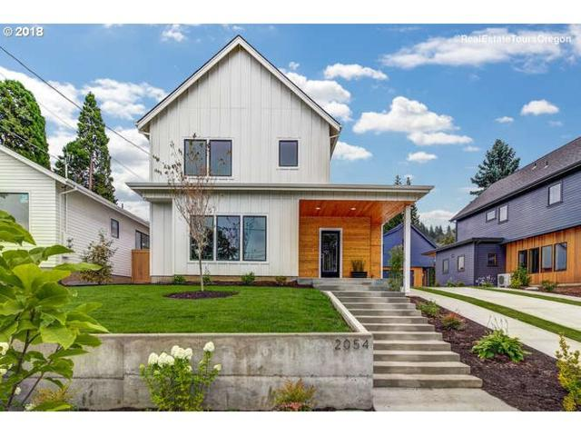 2054 NE Morgan St, Portland, OR 97211 (MLS #18620495) :: Premiere Property Group LLC