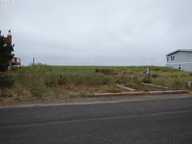 34509 F Pl, Ocean Park, WA 98640 (MLS #18620716) :: Harpole Homes Oregon