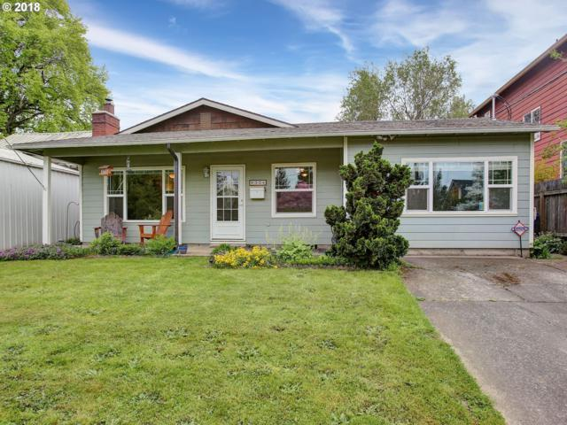 8326 N Fox St, Portland, OR 97203 (MLS #18630428) :: McKillion Real Estate Group