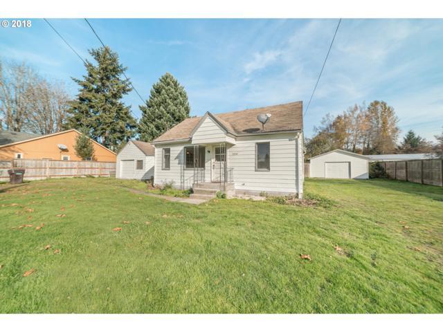 3256 Pine St, Longview, WA 98632 (MLS #18631953) :: Hatch Homes Group