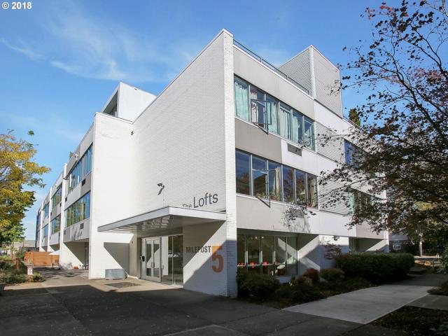 900 NE 81ST Ave #319, Portland, OR 97213 (MLS #18638383) :: Five Doors Network