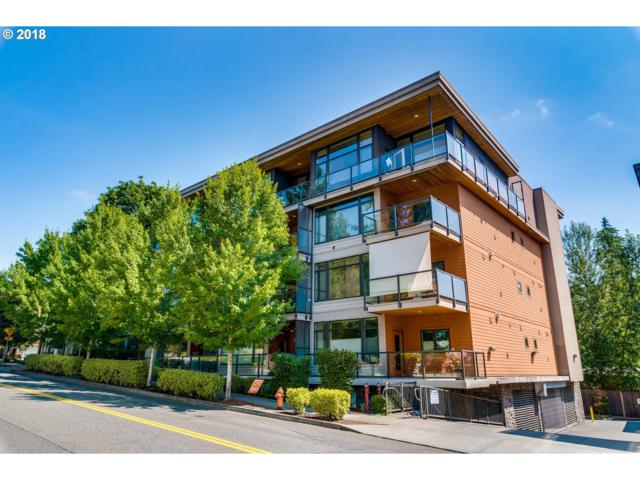 7910 SW 31ST Ave #103, Portland, OR 97219 (MLS #18639351) :: Cano Real Estate