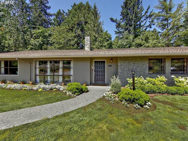 3833 SW 52ND Pl, Portland, OR 97221 (MLS #18639352) :: Hatch Homes Group