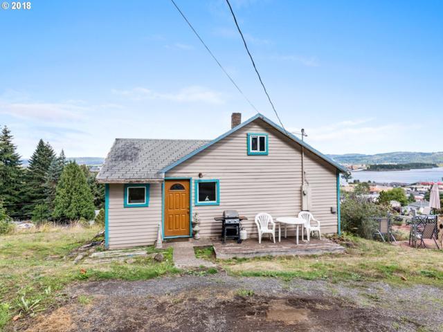 425 E St, Rainier, OR 97048 (MLS #18643476) :: Cano Real Estate