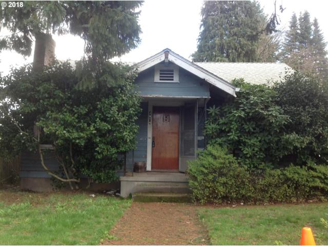 7924 SW 37TH Ave, Portland, OR 97219 (MLS #18644700) :: Hatch Homes Group
