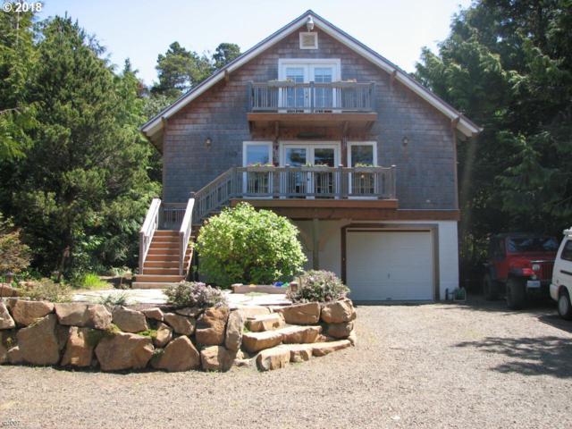 5560 Palisades Dr, Gleneden Beach, OR 97388 (MLS #18651549) :: McKillion Real Estate Group