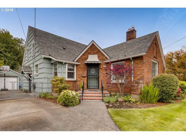 2611 NE 32ND Pl, Portland, OR 97212 (MLS #18654942) :: McKillion Real Estate Group