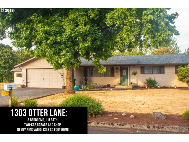 1303 Otter Ln, Oregon City, OR 97045 (MLS #18657835) :: Hatch Homes Group