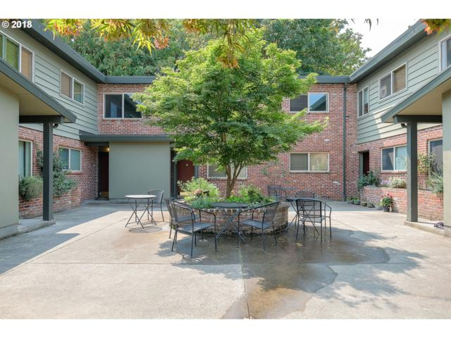 908 SW Gaines St SW #10, Portland, OR 97239 (MLS #18659954) :: McKillion Real Estate Group