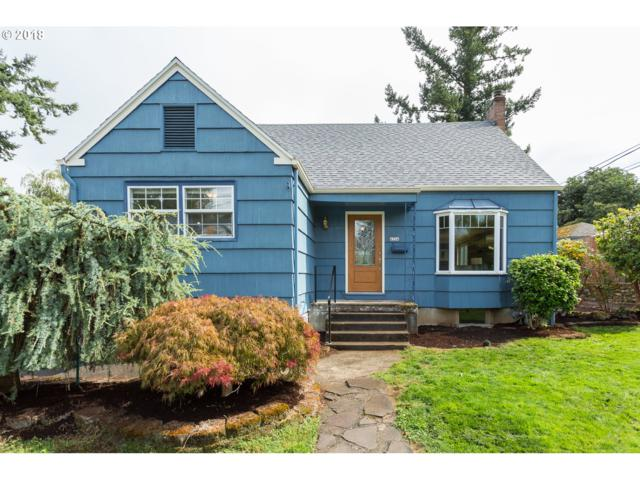 4334 NE 80TH Ave, Portland, OR 97218 (MLS #18666523) :: The Sadle Home Selling Team