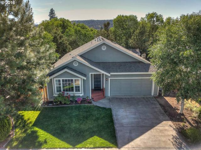 2877 NE Hidden Brook Pl, Bend, OR 97701 (MLS #18667755) :: Fox Real Estate Group