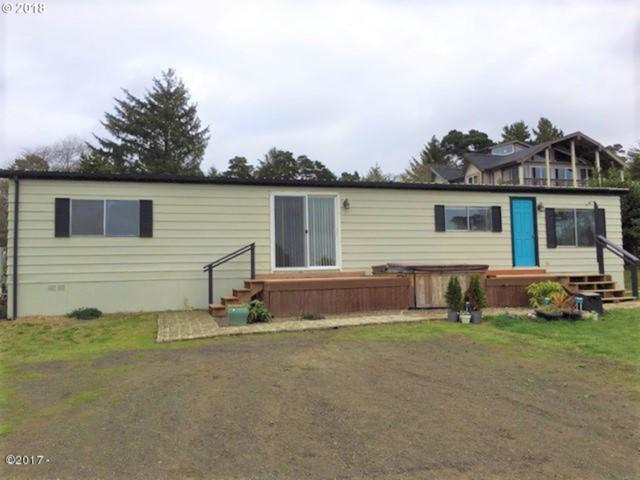 10151 NW Crane St, Seal Rock, OR 97376 (MLS #18669659) :: Hatch Homes Group