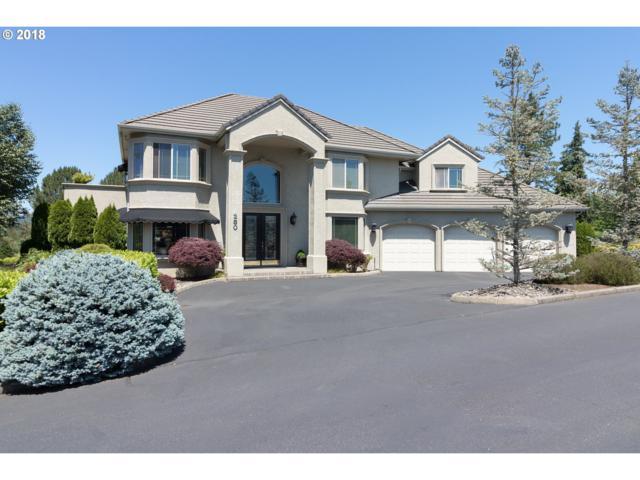 280 Fairway Village Ln, Roseburg, OR 97471 (MLS #18670641) :: Hatch Homes Group