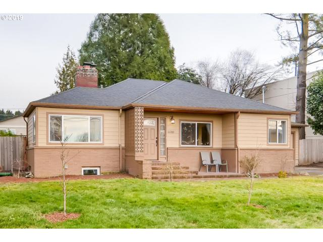 11310 SW 65TH Ave, Portland, OR 97219 (MLS #18671881) :: The Sadle Home Selling Team