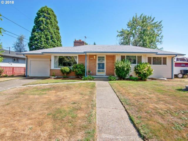 2808 SE 160TH Ave, Portland, OR 97236 (MLS #18672068) :: Hatch Homes Group