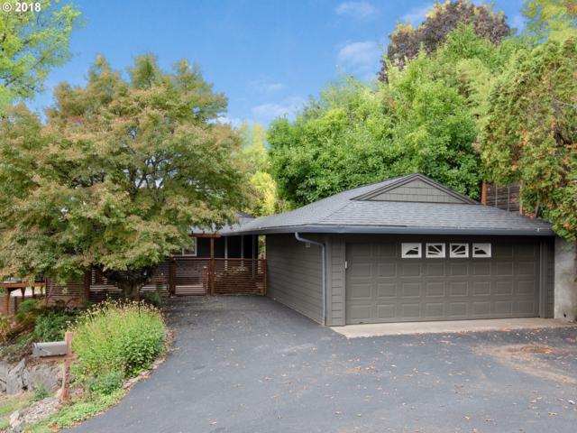 2701 SW Hamilton St, Portland, OR 97239 (MLS #18676912) :: McKillion Real Estate Group