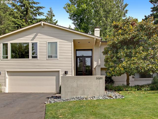3001 NW Verde Vista Ter, Portland, OR 97210 (MLS #18680345) :: Cano Real Estate