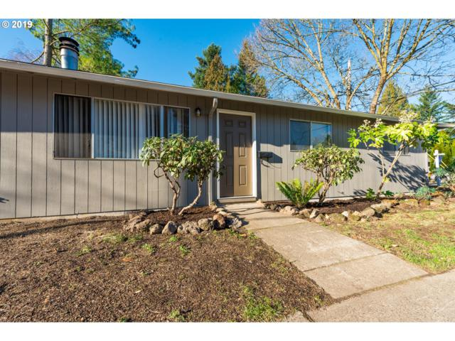 2226 SE Tacoma St, Portland, OR 97202 (MLS #18682149) :: The Sadle Home Selling Team