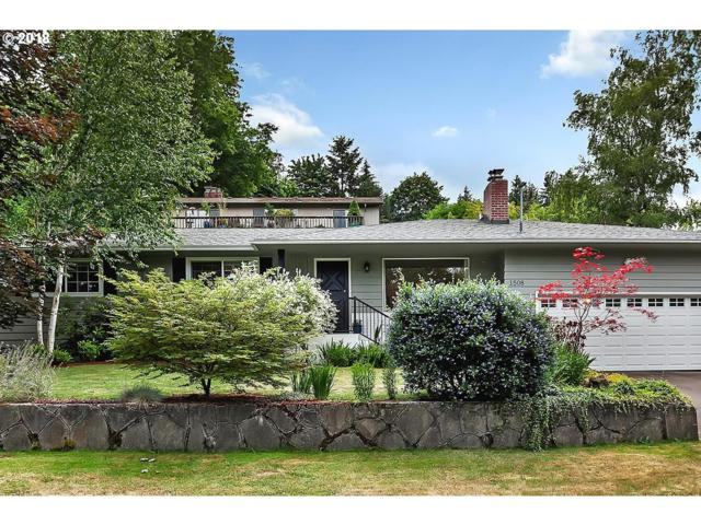 1508 Pine St, Lake Oswego, OR 97034 (MLS #18685927) :: Fox Real Estate Group