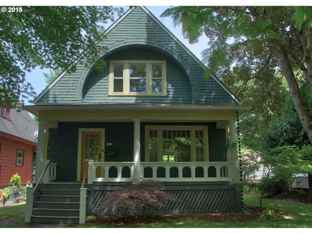 3033 NE Davis St, Portland, OR 97232 (MLS #18687280) :: Next Home Realty Connection