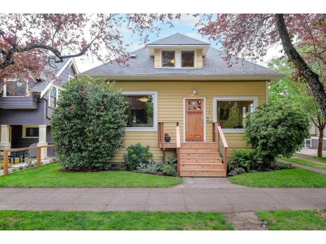 1145 SE Bidwell St, Portland, OR 97202 (MLS #18690614) :: The Sadle Home Selling Team