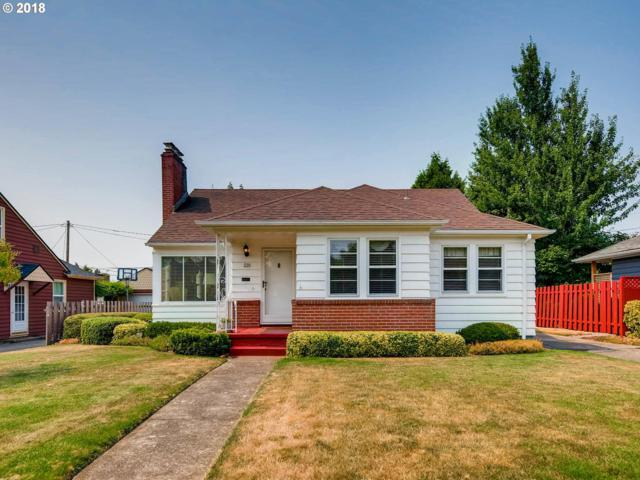 229 SE 49TH Ave, Portland, OR 97215 (MLS #18694979) :: Hatch Homes Group