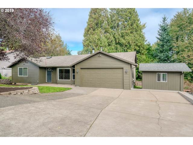 3659 SE Grogan Ave, Milwaukie, OR 97222 (MLS #19000341) :: Homehelper Consultants