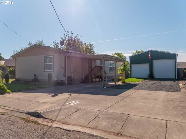 1060 23RD Ave, Sweet Home, OR 97386 (MLS #19000359) :: R&R Properties of Eugene LLC