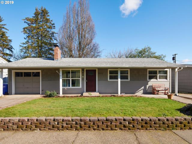 2800 SE 176TH Pl, Portland, OR 97236 (MLS #19001132) :: Homehelper Consultants